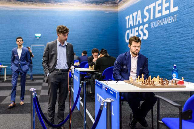 World champion Carlsen in Wijk aan Zee